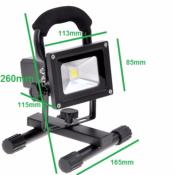 Projecteur LED Rechargeable 10W Portable IP65 VERT