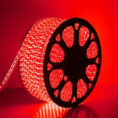 bobine de ruban LED 220 Volts IP44 de couleur rouge